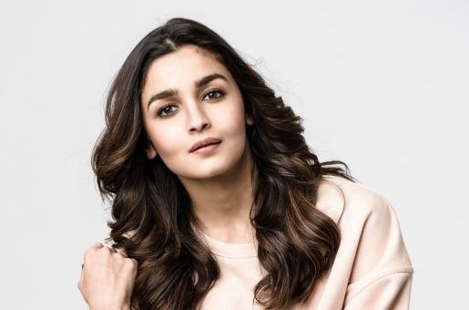 Will Alia Bhatt Release a Music Video Soon? Find Out More About Her Plans For Her New YouTube Channel