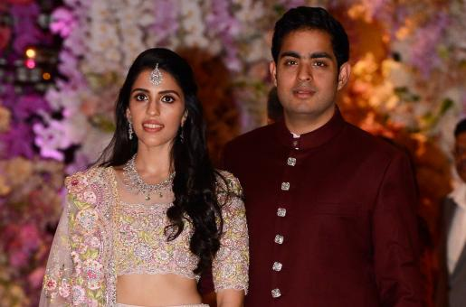 Akash Ambani's Wife Shloka Mehta is Giving Us Friendship Goals in a New Video With Her BFFs