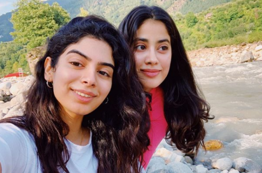 Janhvi Kapoor Tries Local Delicacies in Manali; Breaks Cheat Day