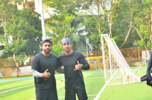 Arjun Kapoor and Ranbir Kapoor Twin in Black as They Play Charity Football Match