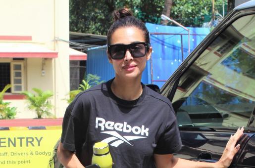 Malaika Arora Keeps It Low Key in Black Monochrome Look for the Gym
