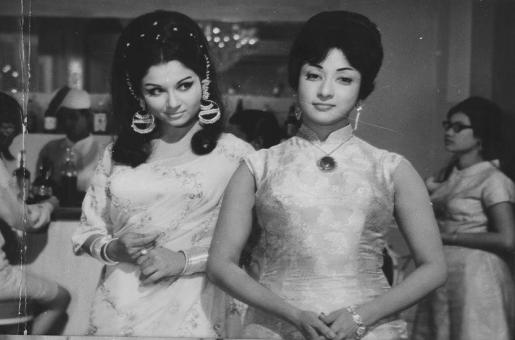 Sharmila Tagore Was Slapped By Mala Sinha – Blast From the Past