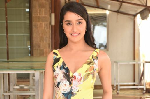 Shraddha Kapoor Looks Adorable in Sunshine Yellow and Florals for Chhichhore Promotions