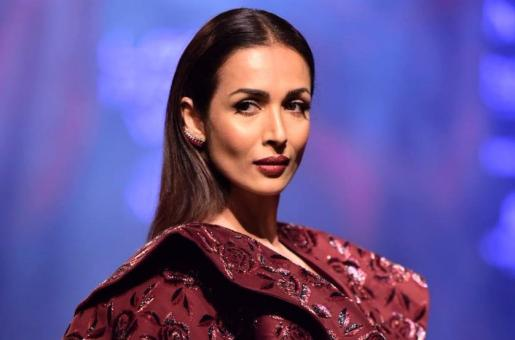 Malaika Arora Brings the Heat to the Ramp for Manish Malhotra at Lakme Fashion Week