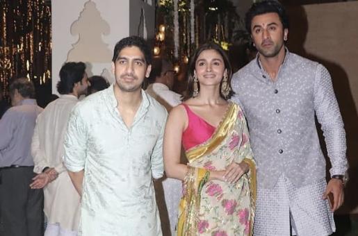 Alia Bhatt, Ranbir Kapoor a Sight For Sore Eyes at Ganesh Chaturthi Celebrations