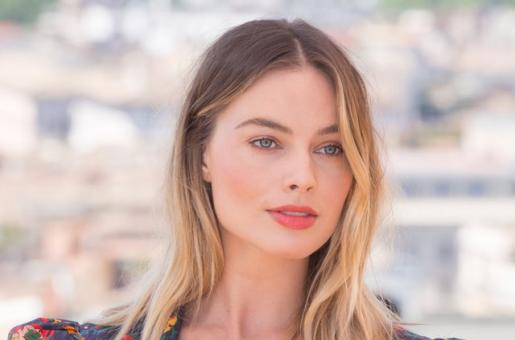 Margot Robbie Says Sexual Harassment Isn't An Issue for Women to Solve