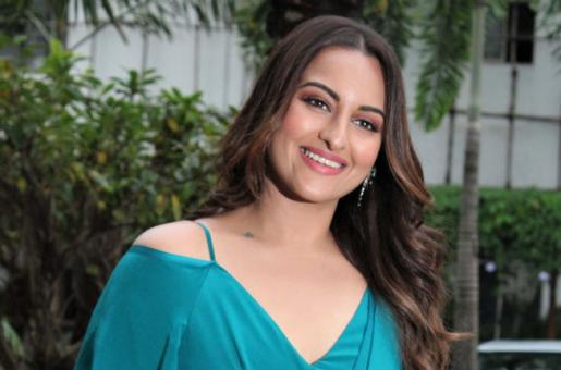 """Sonakshi Sinha Says Her 9 Years Long Bollywood Journey """"Feels Like Just Began Yesterday"""""""