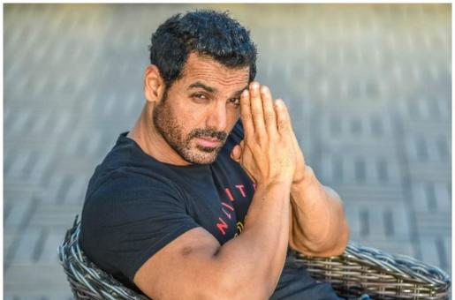 """John Abraham Replies to Why His Home-State Hasn't Been """"Modi-fied"""" Yet"""