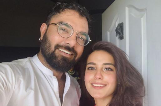 Iqra Aziz Posts a Picture with Fiance Yasir Hussain Without a Filter