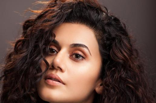 Taapsee Pannu Feels Kangana Ranaut, Rangoli Chandel Love Her Which is Why They Give Her So Much Attention