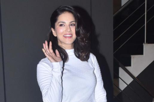 Sunny Leone Set to be Seen in Musical Production; From Kathak to Hip Hop, She is Learning Everything!