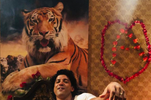 Farhan Akhtar Could Not Keep His Face Straight on the Sets of The Sky Is Pink