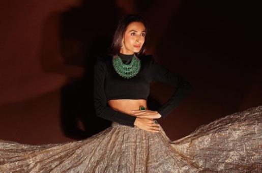 Malaika Arora Stuns in Festive Look for Diwali