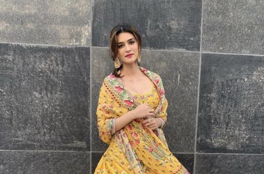 Kriti Sanon's Social Media Banter With Luka Chuppi Co-star Kartik Aaryan