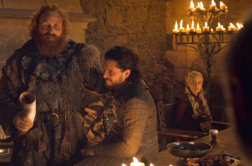 Emilia Clarke Puts Game of Thrones' Coffee Cup Rumours to Rest, Reveals Actual Culprit