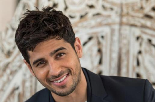 Sidharth Malhotra Shares His New Year's Resolutions; Check Them Out Here