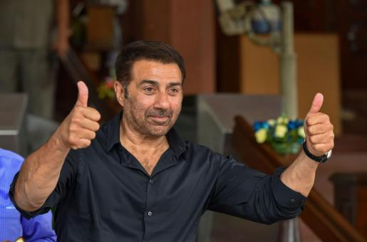 Sunny Deol Will Be in Pakistan Tomorrow to Attend the Kartarpur Inaugration