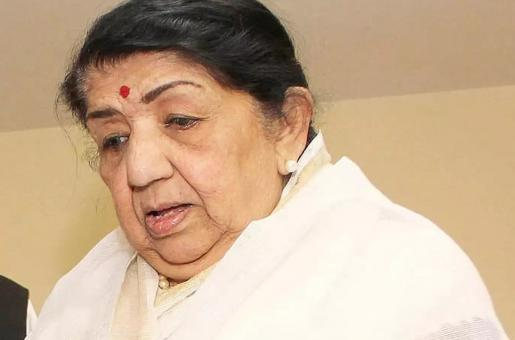 Lata Mangeshkar's Health Update: Singer Still in Hospital but is Out of Danger and Recovering, Claim Reports