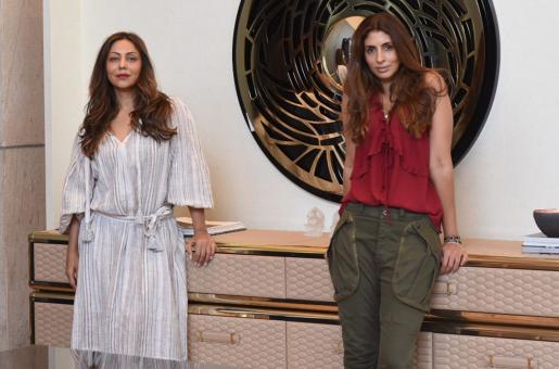 Gauri Khan, Shweta Bachchan Nanda Pose Together for a Picture