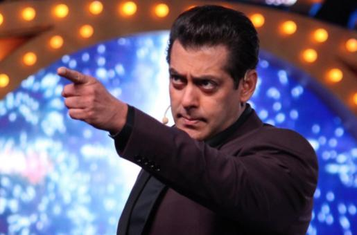 Bigg Boss Season 13:  Highlights of December 22, 2019 – Salman Khan Scolds Rashami Desai and Sidharth Shukla