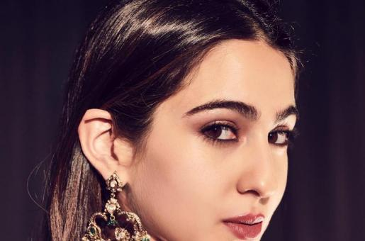Sara Ali Khan goes Undercover while Riding the NYC subway