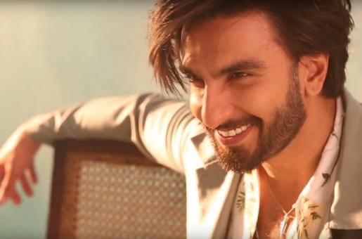 Ranveer Singh Shares a Major Throwback Picture that You Need to See Now!