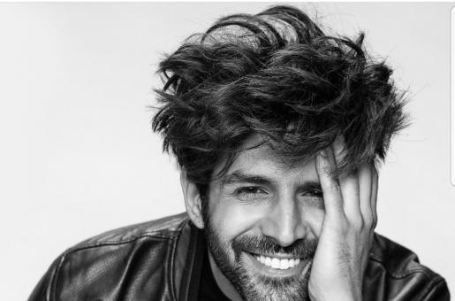 Kartik Aaryan and His Signature Pose Stay Loyal to One Another