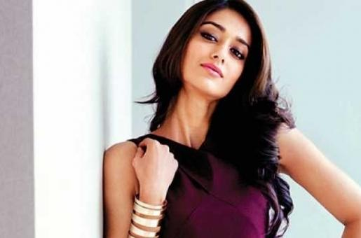 Ileana D' Cruz Missed Out on Working with Salman Khan in These Two Films