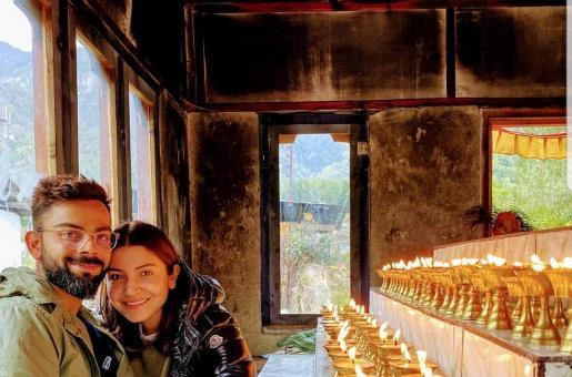 Anushka Sharma, Virat Kholi Bumped Into This Couple During Swiss Vacay