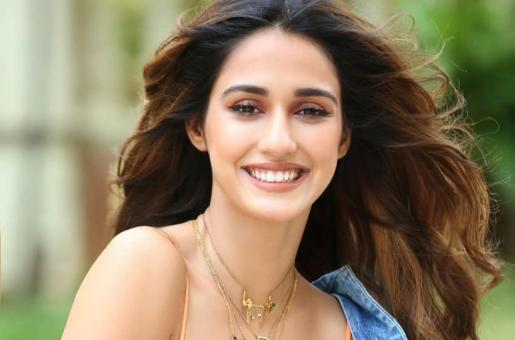 Disha Patani Loves Splashing Her Face With Cold Water Every Morning