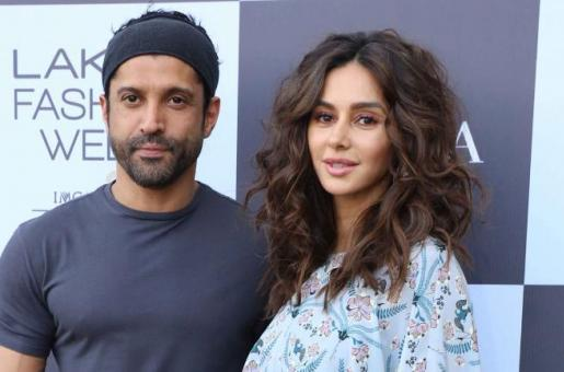 Farhan Akhtar and Shibani Dandekar Show the Best Way to Overcome Muscle Soreness After Beast Mode in the Gym