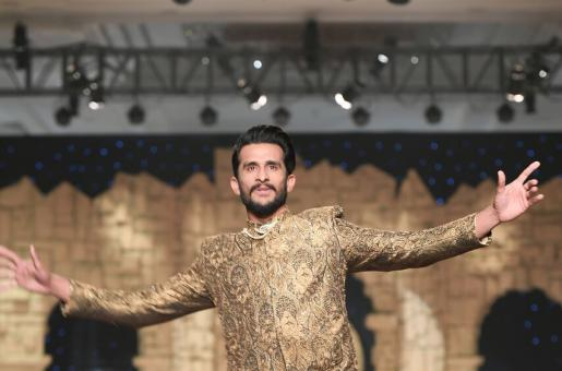 Hassan Ali's Signature Celebration Style on the Ramp Makes Us Want to See Him Back in the Playground