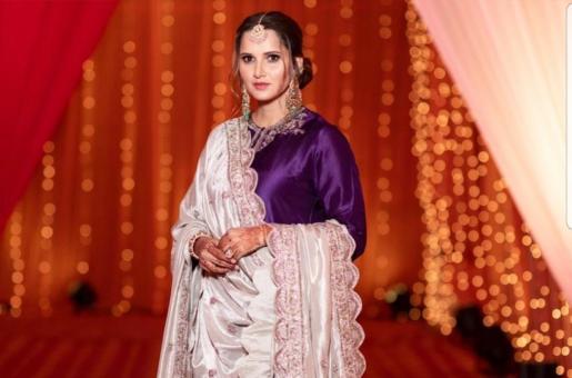 Sania Mirza Stuns Everyone Giving Royal Vibes
