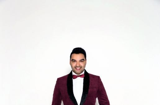 Varoin Marwah: Gentleman's Club