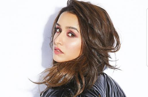 Shraddha Kapoor Has a Sweet Wish for Her Parents on their 37th Wedding Anniversary
