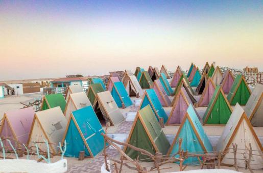 Dubai Municipality Allows Free Camping on the Beach for 15 Days