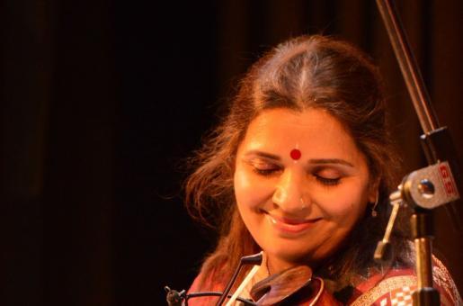 Grammy Nominated Indian Violinist Kala Ramnath To Perform in Dubai
