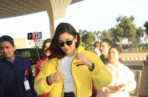 Anushka Sharma is Brightening our Day in Sunshine Yellow