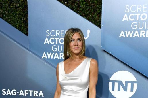 Jennifer Aniston's Appreciation Posts on Instagram Proves She Still Cannot Get Over Her SAG Awards Win!