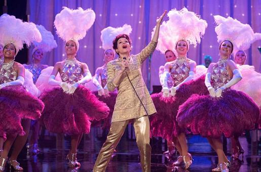 Judy Movie Review: Keep a Garland Ready for Renée Zellweger