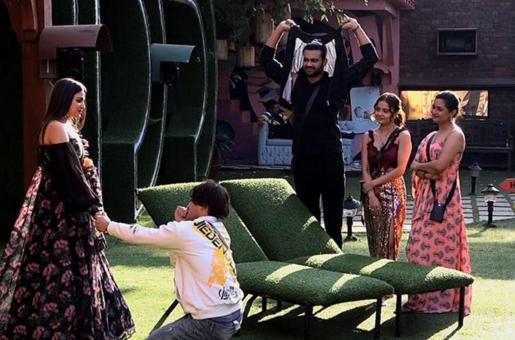 Bigg Boss Season 13: Asim Riaz and Himanshi Khurana Have an Emotional Reunion