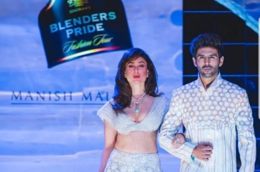 Kareena Kapoor Khan Walks Down the Ramp With Kartik Aaryan