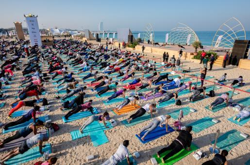 XYoga Dubai: Esha Gupta to Inaugurate Festival on Kite Beach