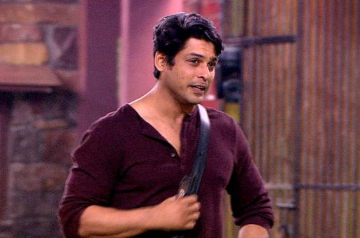 Bigg Boss Season 13: Sidharth Saves Paras Over Arti and Shehnaaz