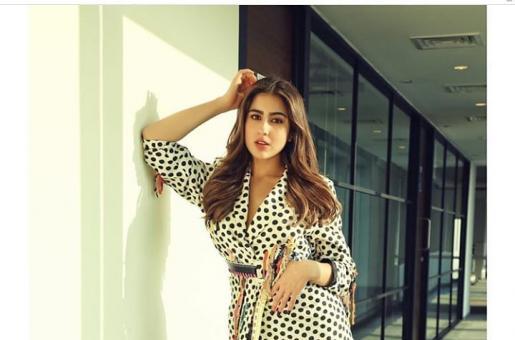 Sara Ali Khan Rocks a Retro-chic Look in Polka Dots