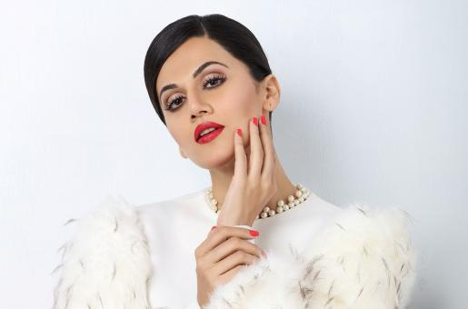 When Taapsee Pannu Was Thrown out of Pati, Patni Aur Woh – Blast from the Past
