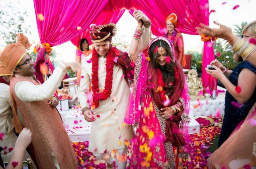 Radisson Blu Deira Creek Will Make Your Dream Wedding Come True