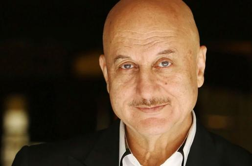 Anupam Kher's Adorable Interaction With a Cab Driver in New York Wins the Internet