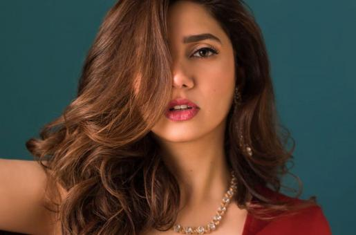 Mahira Khan Pays Touching Tribute To James Lipton on Twitter