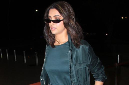 Deepika Padukone is Turning Heads at The Airport for All The Right Reasons